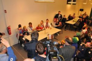En verdig mottagelse i Granåsen, Magnus Hovdal Moan, JørgenGraabk, Håvard Klementsen, Magnus Krog