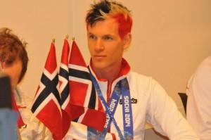Magnus Krog, Høydalsmo, med norske farger i håret